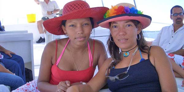 single colombian ladies